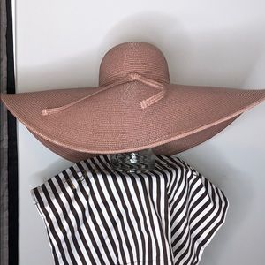 Large beach hat